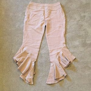 Pants - [NEW] Scalloped Beige Trousers